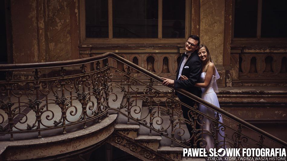 Plenerowa Sesja ślubna W Pałacu Fotograf ślubny Warszawa