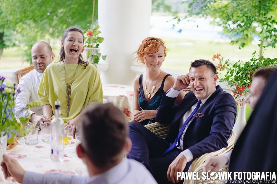 naturalne momenty ślubne