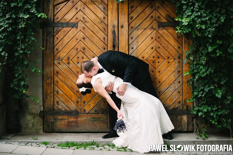 Sesja na starym mieście poślubna