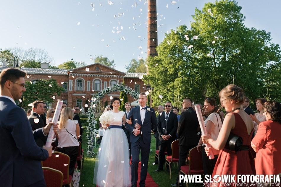 ceremonia ślubna w plenerze Modlin
