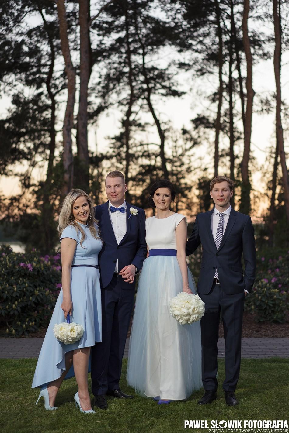 szybka sesja ślubna w dniu ślubu ze świadkami