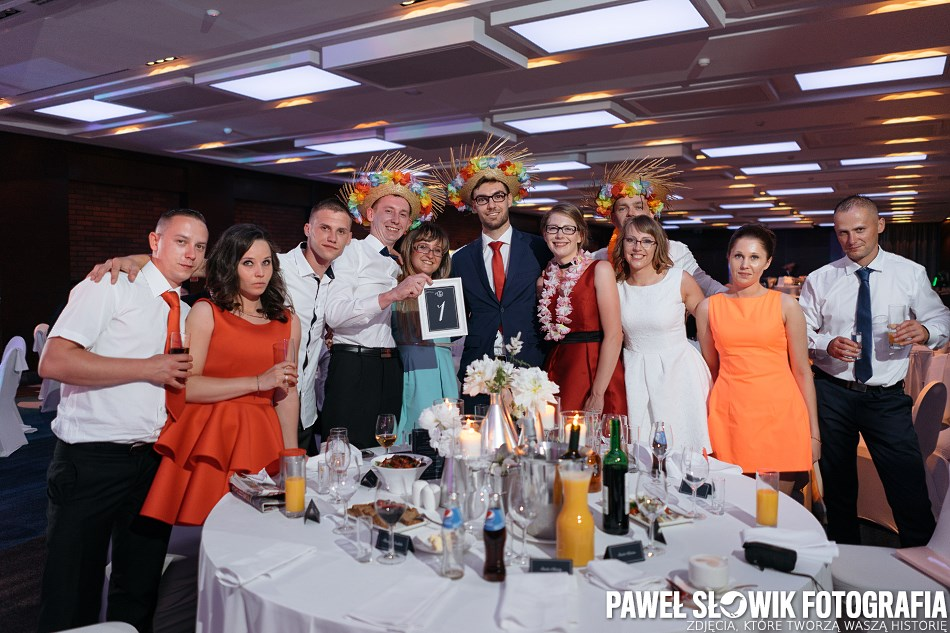 dobre zdjęcia gości weselnych