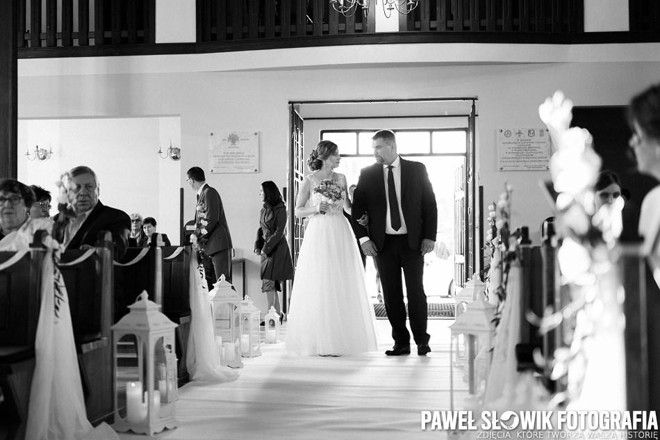 fotograf ceremonia ślubna w kościele