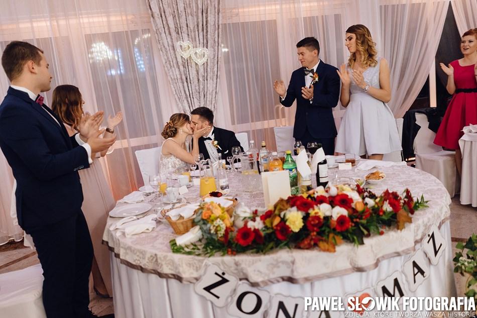 gorzko gorzko na weselu para młoda fotograf na ślub