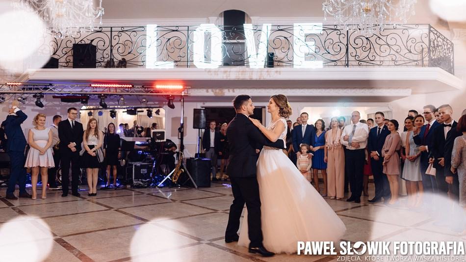 napis LOVE na wesele Warszawa