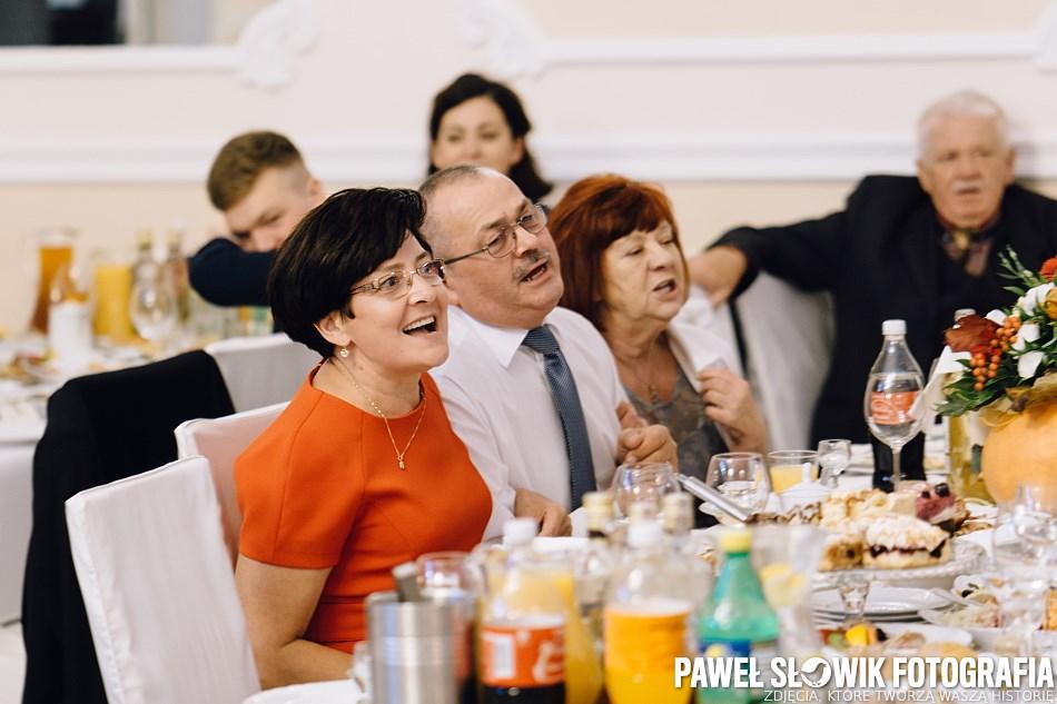 biesiada za stołami zespół weselny Warszawa