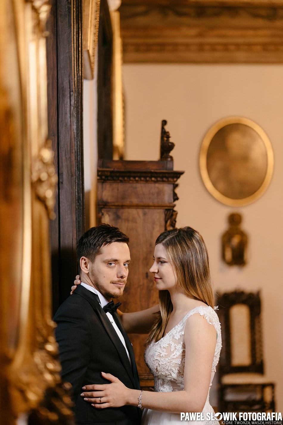 piękni i zakochani fotografia ślubna